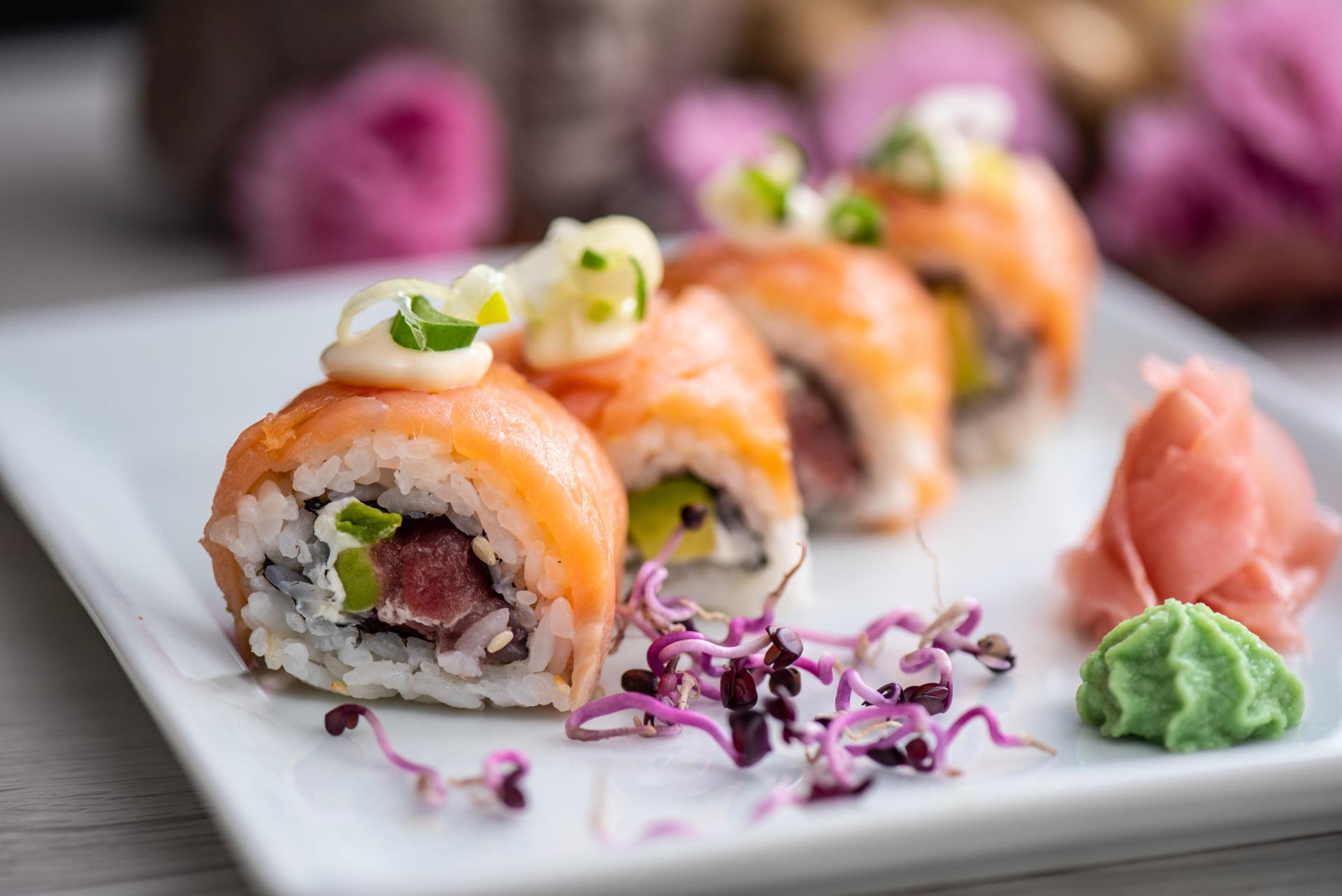 sushi tekercsek lazaccal